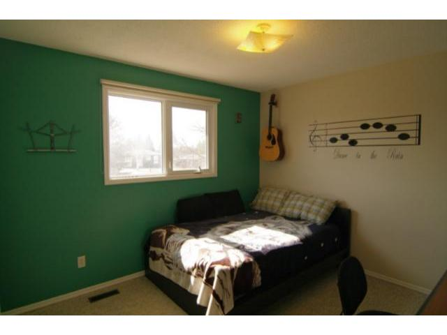 Photo 9: 127 Pentland Street in WINNIPEG: North Kildonan Residential for sale (North East Winnipeg)  : MLS(r) # 1107772