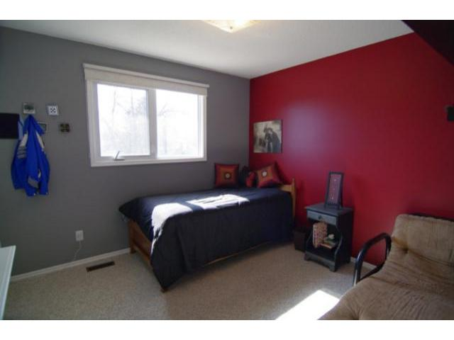 Photo 10: 127 Pentland Street in WINNIPEG: North Kildonan Residential for sale (North East Winnipeg)  : MLS® # 1107772