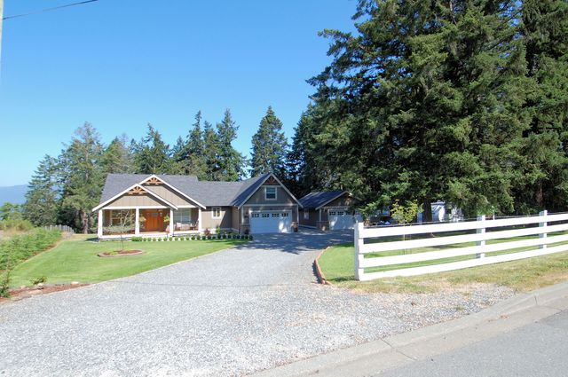 Photo 64: Photos: 1449 DONNAY DRIVE in DUNCAN: House for sale