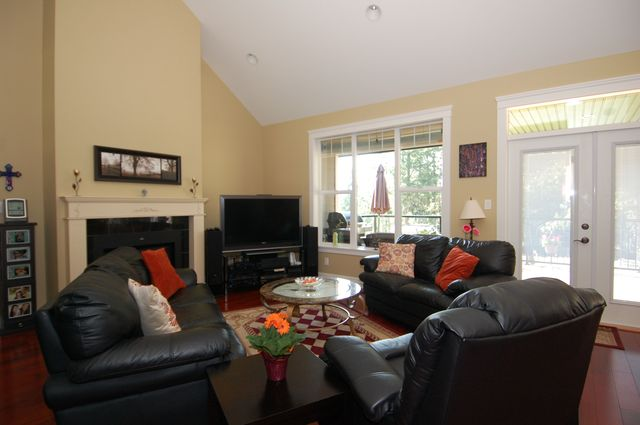 Photo 7: Photos: 1449 DONNAY DRIVE in DUNCAN: House for sale