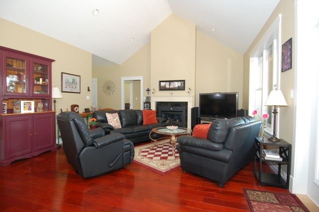 Photo 8: Photos: 1449 DONNAY DRIVE in DUNCAN: House for sale