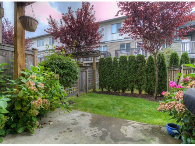"Photo 18: # 156 16177 83RD AV in Surrey: Fleetwood Tynehead Townhouse for sale in ""VERANDA II"" : MLS(r) # F1322882"