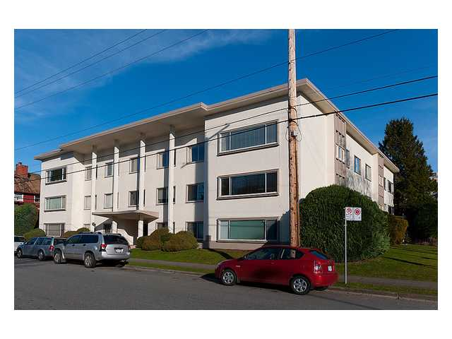 "Main Photo: 103 2776 PINE Street in Vancouver: Fairview VW Condo for sale in ""Prince Charles Apartments"" (Vancouver West)  : MLS® # V1030941"