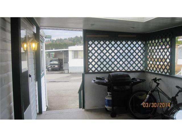 "Photo 15: 301 201 CAYER Street in Coquitlam: Maillardville Manufactured Home for sale in ""WILDWOOD PARK"" : MLS® # V1055865"