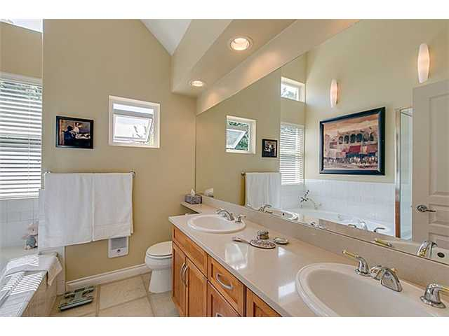 Photo 10: 2656 W 2ND Avenue in Vancouver: Kitsilano House 1/2 Duplex for sale (Vancouver West)  : MLS(r) # V1059274