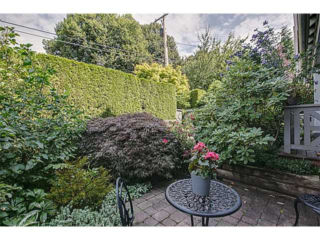 Photo 12: 2656 W 2ND Avenue in Vancouver: Kitsilano House 1/2 Duplex for sale (Vancouver West)  : MLS(r) # V1059274