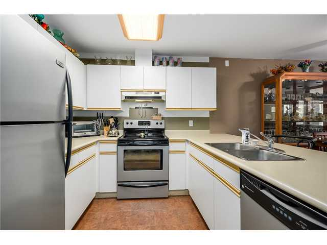 Photo 2: 213 1219 JOHNSON Street in Coquitlam: Canyon Springs Condo for sale : MLS(r) # V1066871