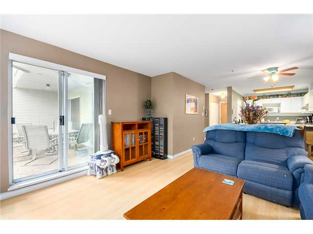 Photo 8: 213 1219 JOHNSON Street in Coquitlam: Canyon Springs Condo for sale : MLS(r) # V1066871