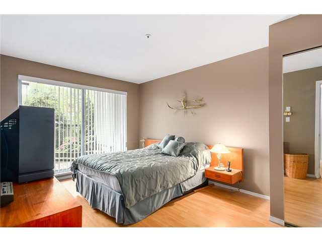 Photo 9: 213 1219 JOHNSON Street in Coquitlam: Canyon Springs Condo for sale : MLS® # V1066871