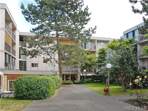 Main Photo: 314 3225 Eldon Place in VICTORIA: SW Rudd Park Condo Apartment for sale (Saanich West)  : MLS®# 343435