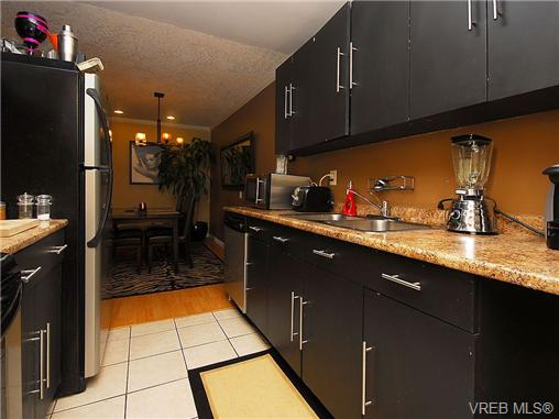 Photo 12: 314 3225 Eldon Place in VICTORIA: SW Rudd Park Condo Apartment for sale (Saanich West)  : MLS® # 343435