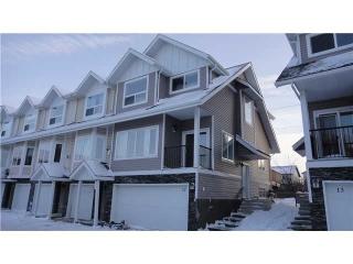 Main Photo:  in Edmonton: Zone 27 Townhouse for sale : MLS(r) # E3396480