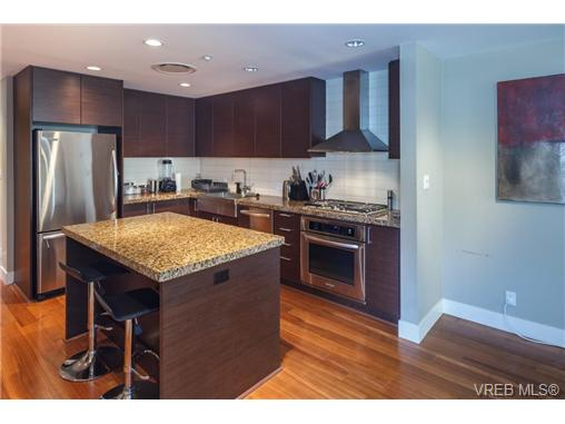Photo 15: 223 1400 Lynburne Place in VICTORIA: La Bear Mountain Condo Apartment for sale (Langford)  : MLS(r) # 344725