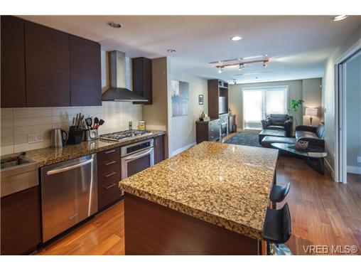 Photo 14: 223 1400 Lynburne Place in VICTORIA: La Bear Mountain Condo Apartment for sale (Langford)  : MLS(r) # 344725