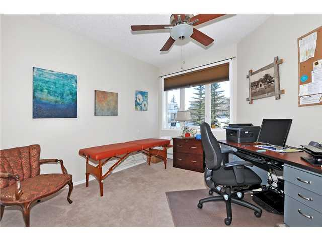 Photo 12: 205 108 EDGERIDGE Terrace NW in Calgary: Edgemont Condo for sale : MLS(r) # C3655268