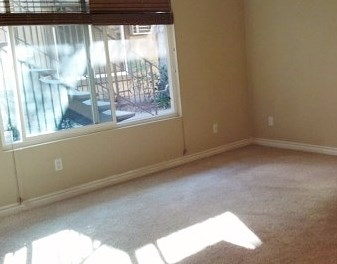 Photo 5: CITY HEIGHTS Condo for sale : 2 bedrooms : 4212 48th #3 in San Diego