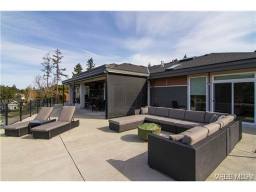 Photo 3: 2488 Prospector Way in VICTORIA: La Florence Lake Single Family Detached for sale (Langford)  : MLS(r) # 348667
