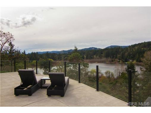 Photo 2: 2488 Prospector Way in VICTORIA: La Florence Lake Single Family Detached for sale (Langford)  : MLS(r) # 348667
