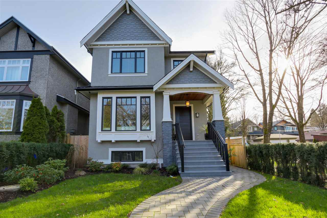 "Main Photo: 3896 W 21ST Avenue in Vancouver: Dunbar House for sale in ""Dunbar"" (Vancouver West)  : MLS®# R2039605"