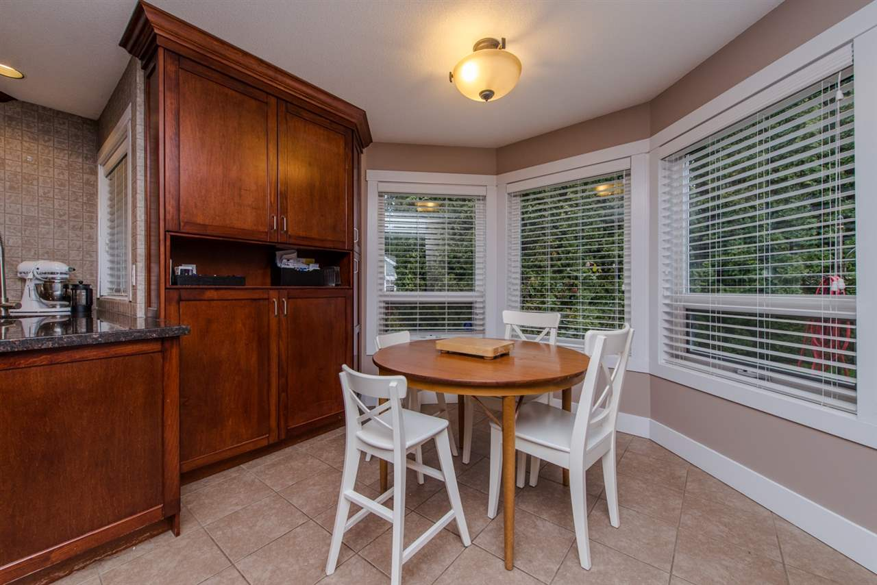 Photo 6: 4128 BELANGER Drive in Abbotsford: Abbotsford East House for sale : MLS® # R2041389