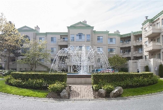 "Main Photo: 105 8500 GENERAL CURRIE Road in Richmond: Brighouse South Condo for sale in ""QUEEN'S GATE"" : MLS(r) # R2075896"