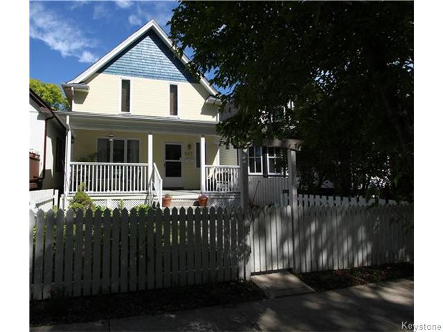 FEATURED LISTING: 647 Ashburn Street Winnipeg