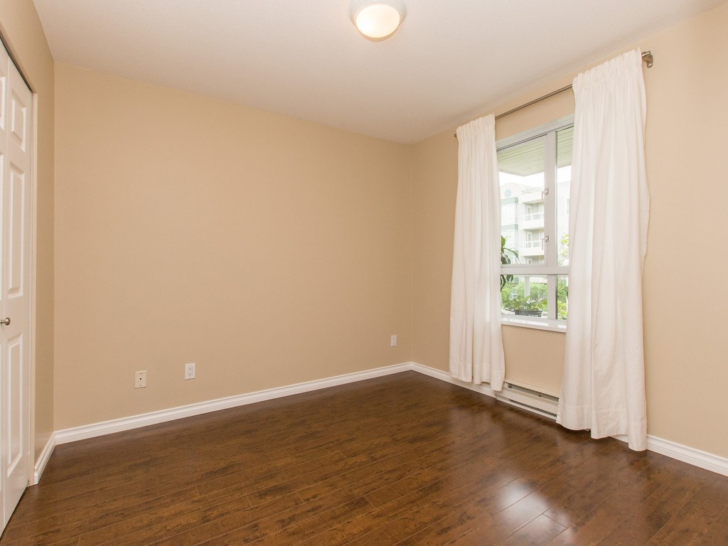 "Photo 11: 306 3463 CROWLEY Drive in Vancouver: Collingwood VE Condo for sale in ""THE MACGREGOR"" (Vancouver East)  : MLS(r) # R2092573"