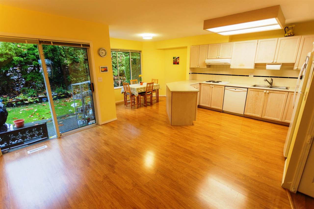 "Photo 5: 149 1495 LANSDOWNE Drive in Coquitlam: Westwood Plateau Townhouse for sale in ""GREYHAWKE ESTATES"" : MLS(r) # R2120772"