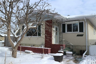 Main Photo: 10239 81 Street in Edmonton: Zone 19 House for sale : MLS(r) # E4054446