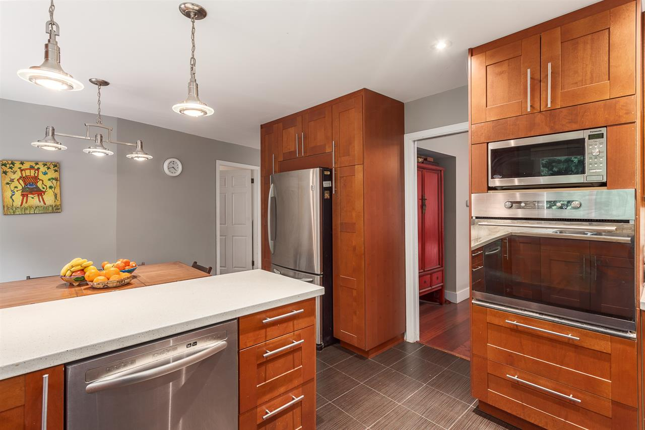 Photo 9: 9315 ROMANIUK Drive in Richmond: Woodwards House for sale : MLS(r) # R2149392