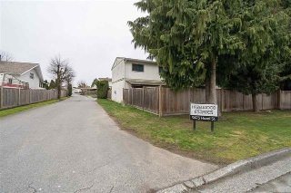 "Main Photo: 27 9473 HAZEL Street in Chilliwack: Chilliwack E Young-Yale Townhouse for sale in ""Hazelwood Estates"" : MLS®# R2153758"