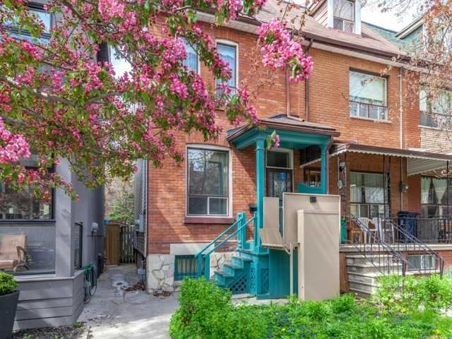 Main Photo: 48 Follis Avenue in Toronto: Annex House (2 1/2 Storey) for sale (Toronto C02)  : MLS® # C3796407