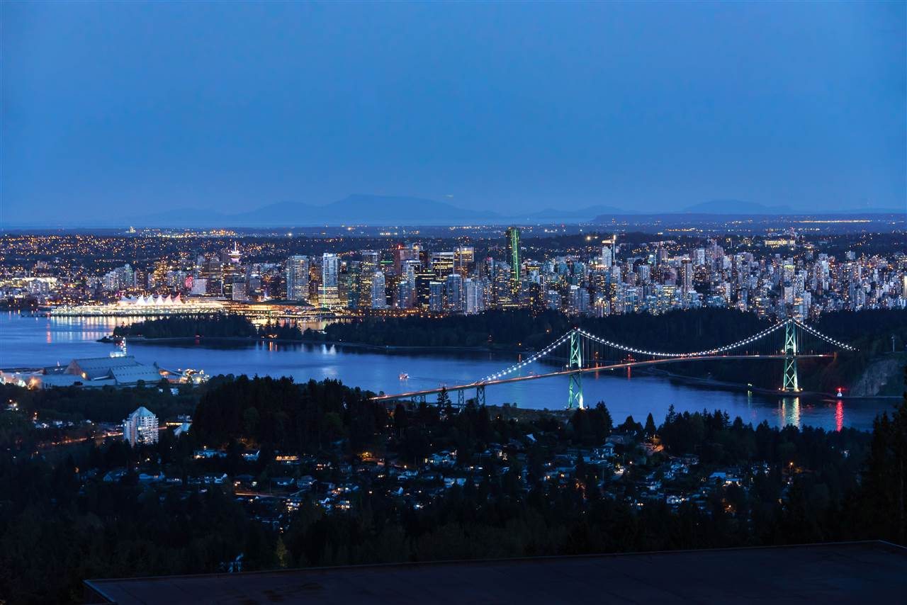 Main Photo: 1435 CHARTWELL DRIVE in West Vancouver: Chartwell House for sale : MLS® # R2164175