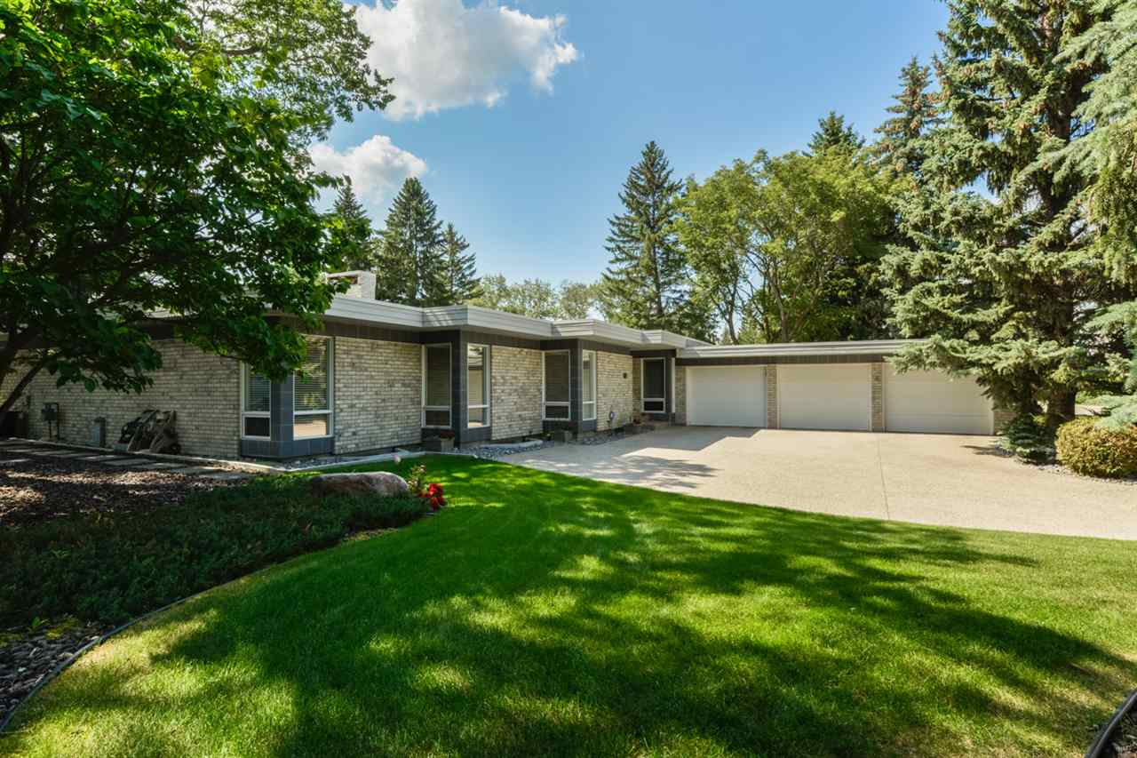 Photo 2: 67 WESTBROOK Drive in Edmonton: Zone 16 House for sale : MLS(r) # E4065373