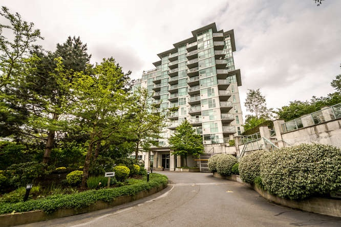 Main Photo: 302 2733 CHANDLERY Place in Vancouver: Fraserview VE Condo for sale (Vancouver East)  : MLS(r) # R2169175