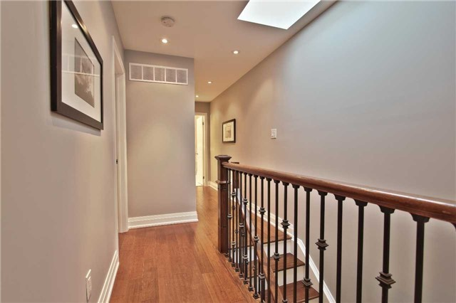 Photo 9: 98P Curzon St in Toronto: South Riverdale Freehold for sale (Toronto E01)  : MLS® # E3817197