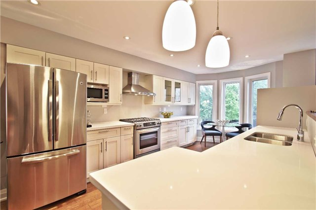 Photo 2: 98P Curzon St in Toronto: South Riverdale Freehold for sale (Toronto E01)  : MLS® # E3817197
