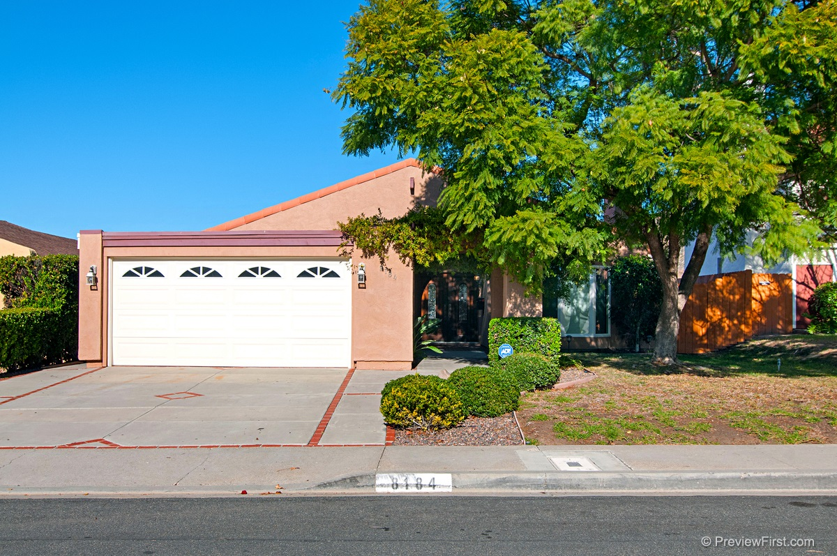 Main Photo: DEL CERRO House for rent : 4 bedrooms : 8184 Hillandale Drive in San Diego