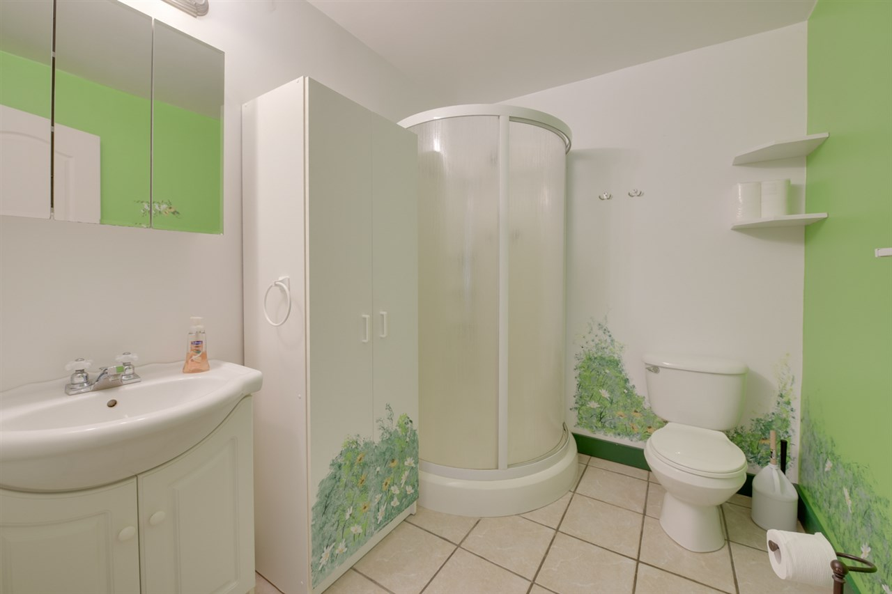 3 piece bathroom in basement