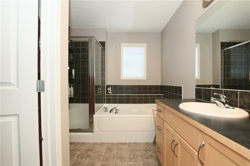 Photo 33: 20 Evanscreek Court NW in Calgary: Evanston House for sale : MLS® # C4123175