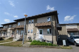 Main Photo: 14636 121 Street in Edmonton: Zone 27 Townhouse for sale : MLS® # E4073336