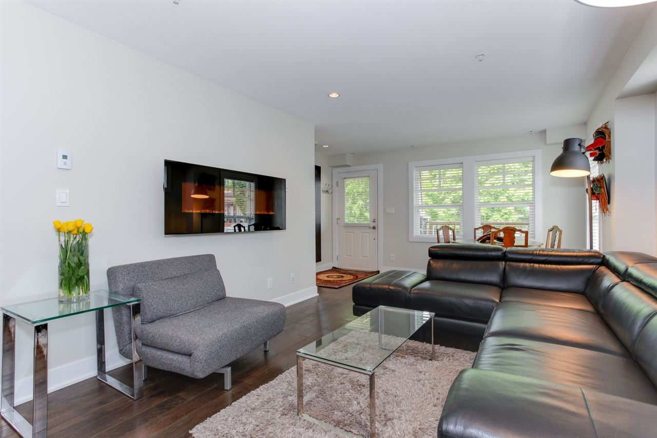 Photo 4: 1678 E 5TH AVENUE in Vancouver: Grandview VE Townhouse for sale (Vancouver East)  : MLS® # R2169041