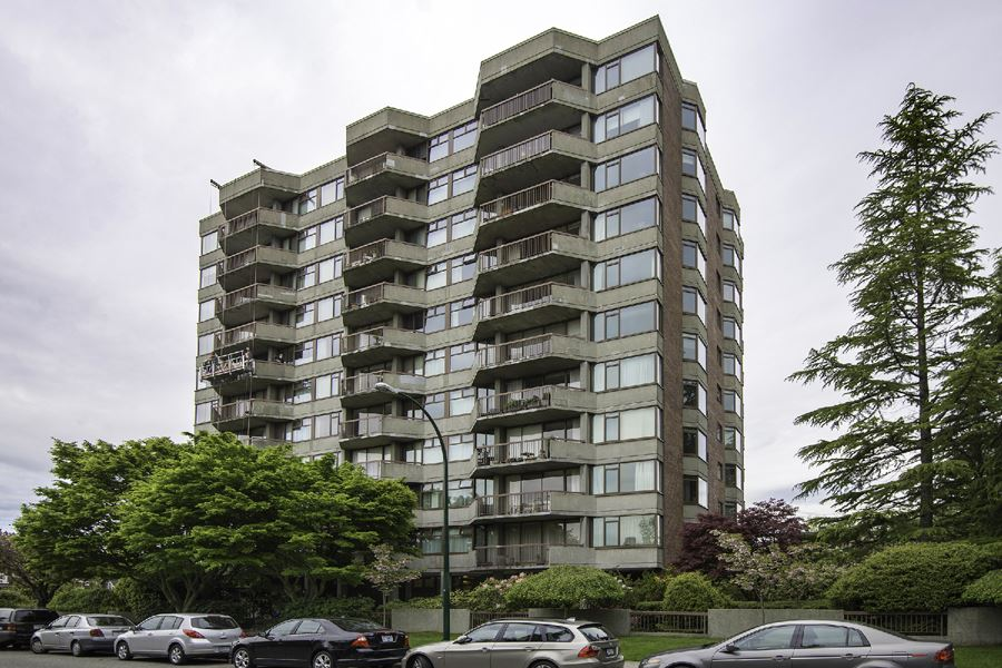 Main Photo: 804 2445 W 3rd Avenue in Vancouver: Kitsilano Condo for sale (Vancouver West)  : MLS® # R2163456
