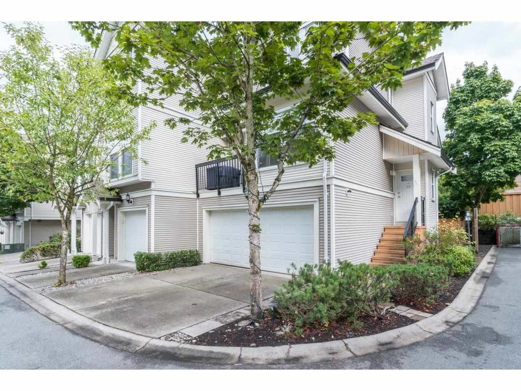 Main Photo: 13 21535 88 Avenue in Langley: Walnut Grove Townhouse for sale : MLS®# R2207412