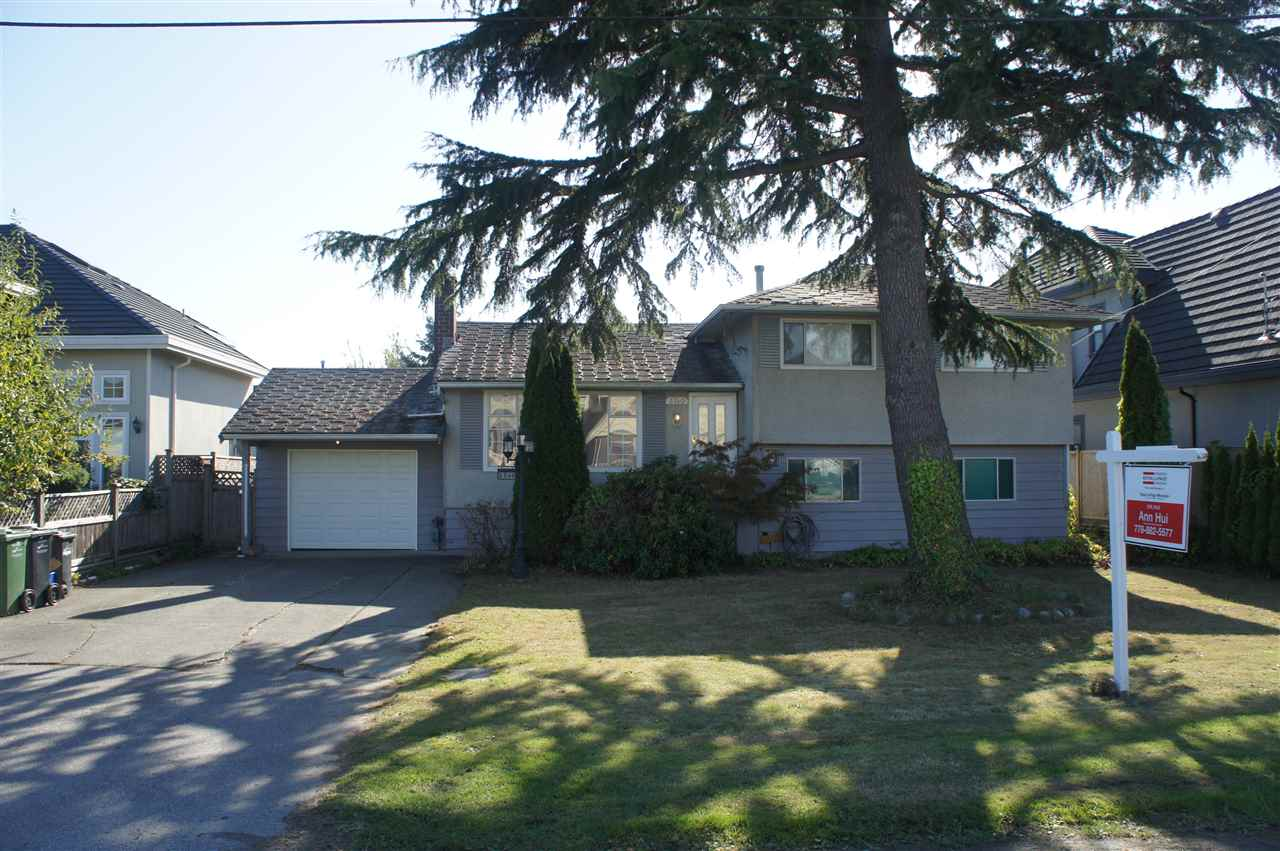 Main Photo: 3740 ROYALMORE Avenue in Richmond: Seafair House for sale : MLS® # R2213983