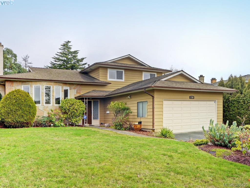 Main Photo: 1788 Triest Crescent in VICTORIA: SE Gordon Head Single Family Detached for sale (Saanich East)  : MLS® # 386423