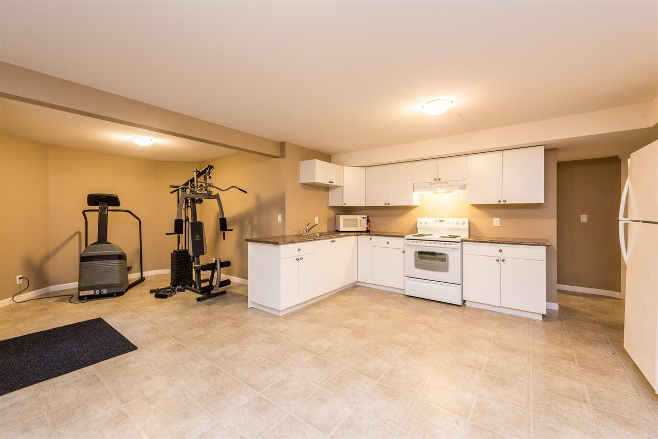 "Photo 16: Photos: 8338 209 Street in Langley: Willoughby Heights House for sale in ""UPLANDS"" : MLS® # R2245024"