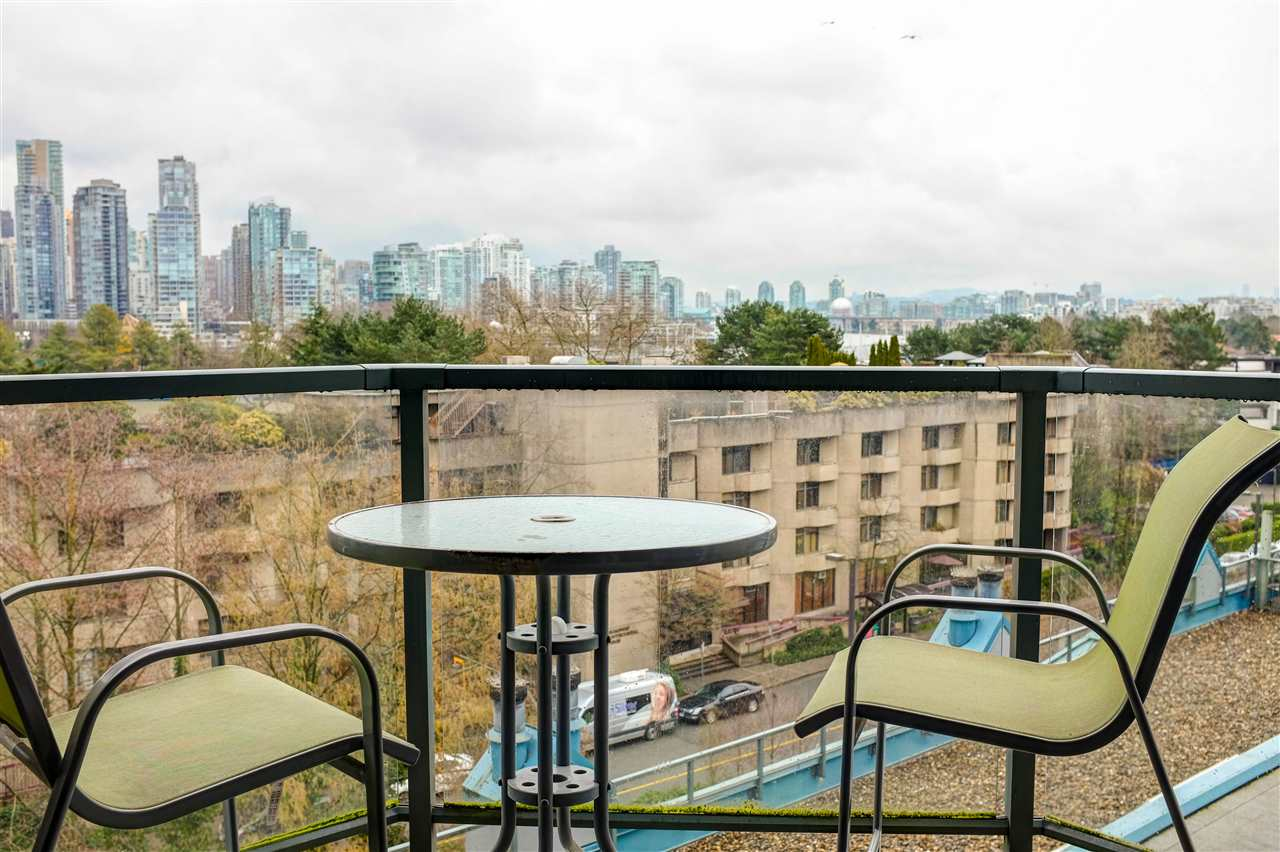 "Main Photo: 306 1365 W 4TH Avenue in Vancouver: False Creek Condo for sale in ""Granville Island Village"" (Vancouver West)  : MLS® # R2246671"