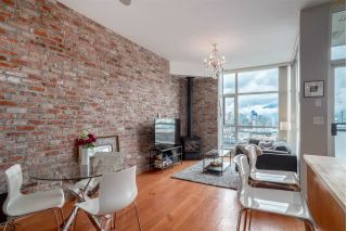 "Main Photo: 313 2515 ONTARIO Street in Vancouver: Mount Pleasant VW Condo for sale in ""Elements"" (Vancouver West)  : MLS® # R2247980"
