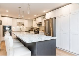 Main Photo: 206 5377 201A Street in Langley: Langley City Condo for sale : MLS®# R2296545